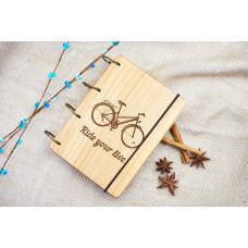 """Блокнот А6 """"Велосипед"""" з натурального дерева на кільцях. Записна книжка. Альбом для малювання. Щоденник."""