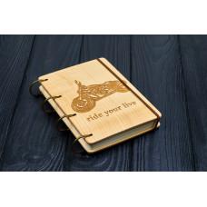 """Блокнот А6 """"Мотоцикл"""" з натурального дерева на кільцях. Записна книжка. Альбом для малювання. Щоденник."""