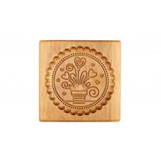 Пряничная доска  Сердце в горшочке  15*15*2см  ( доска для печатного пряника ) деревянная